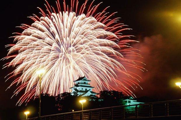 japan-karatsu-castles_s620x413